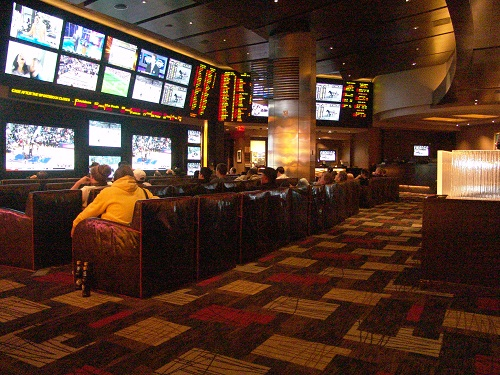 Planet Hollywood Sports Bar Is In The Best Location In Las Vegas