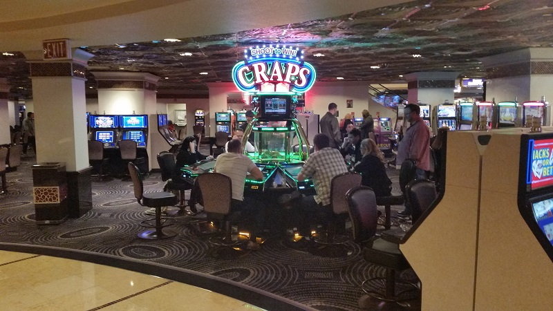 Shoot to win Craps at Harrah's