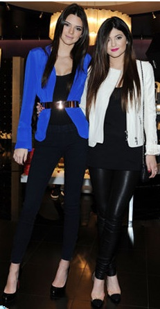 Kendall and Kylie Jenner make surprise visit to Las Vegas