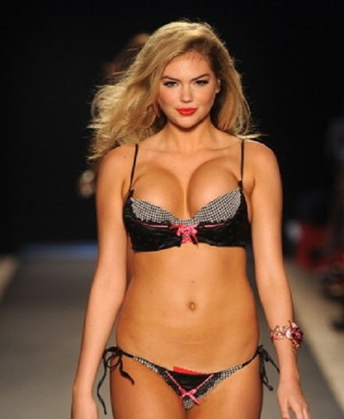 kate upton was in las vegas recently on photo shoot