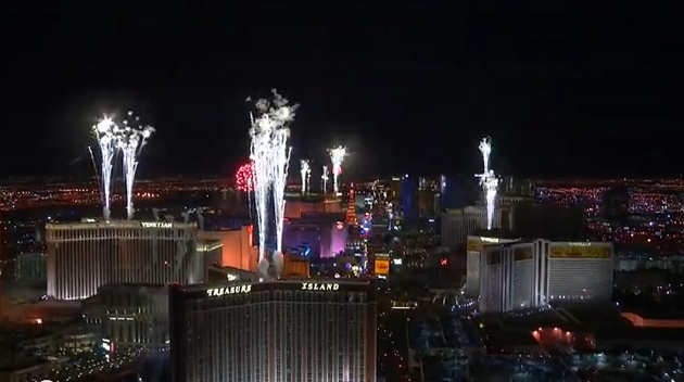 new years eve las vegas fireworks and lots of drunks