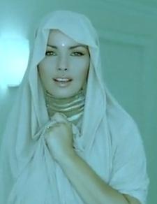 Shania Twain performing at caesars palace colossuem