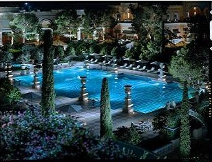 bellagio swimming pool at night