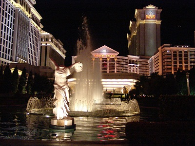 headless statue at caesars
