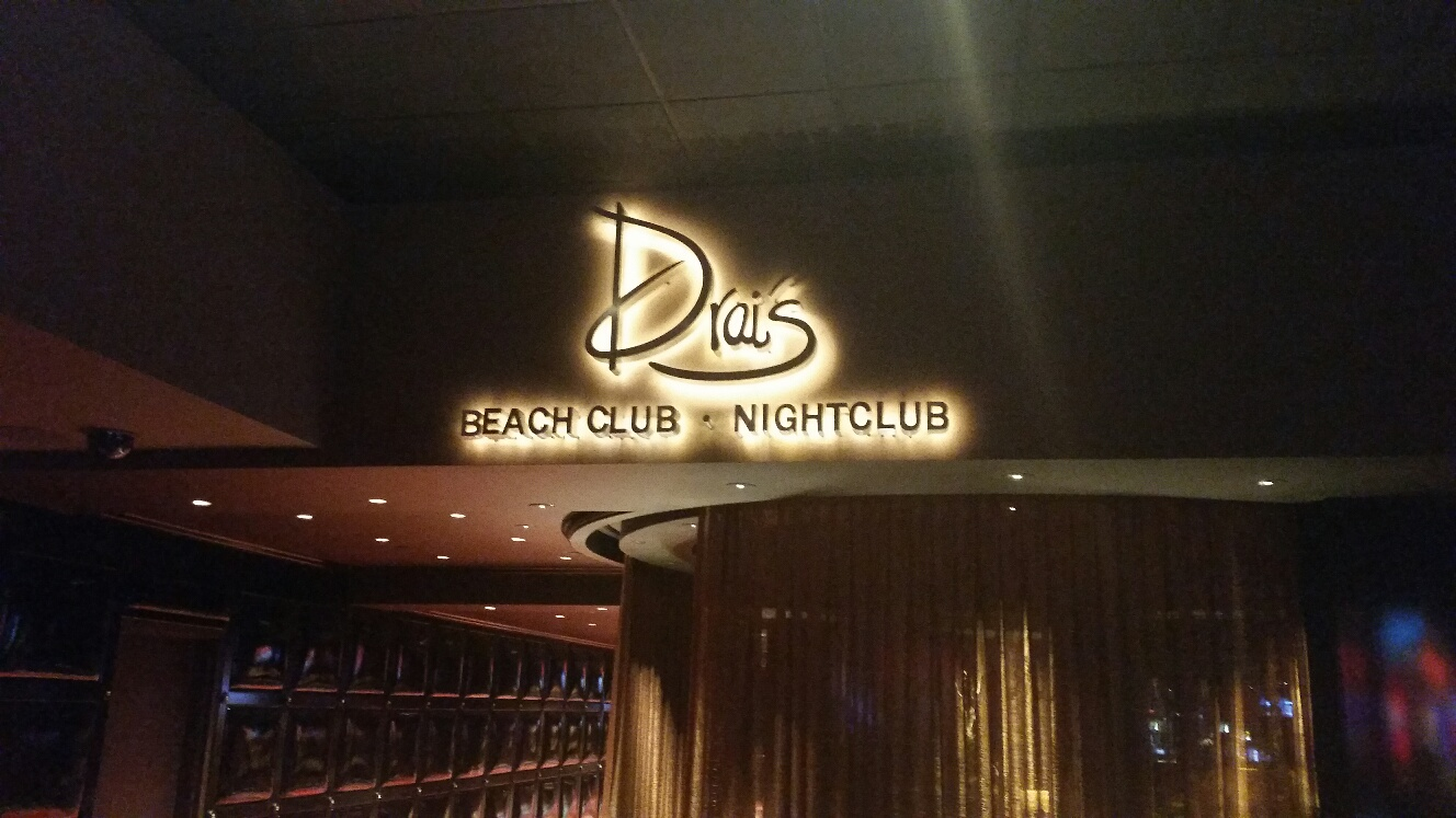 Drais Beach Club is on the roof of the Cromwell and is one of the most popular in Las Vegas and features celebrity DJ's
