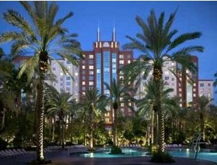 flamingo grand vactions exterior showing palms