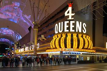 four queens downtown las vegas at dusk
