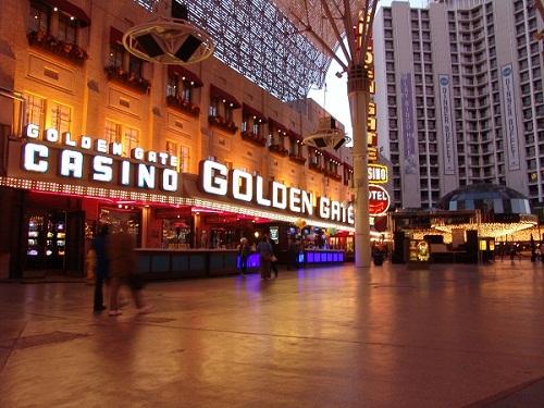 dusk image of front of golden gat