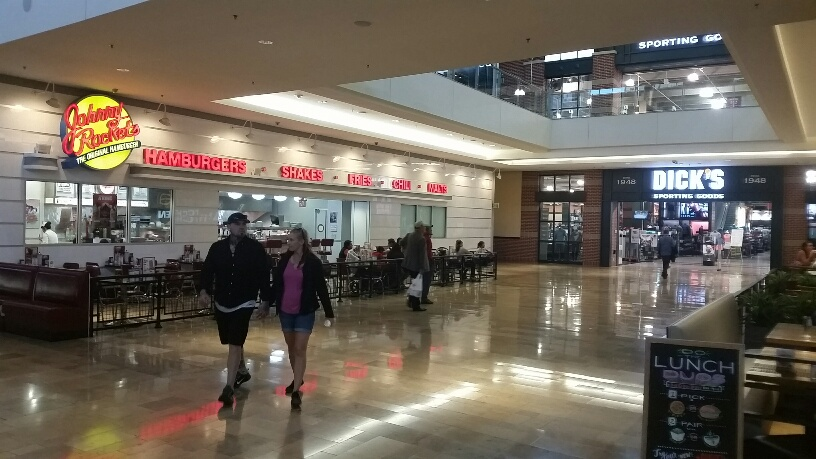 Johnny Rockets in the middle of the Fashion Show Mall