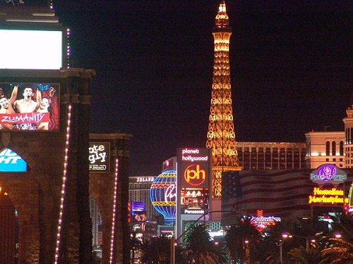 4.7 percent back from agoda on all vegas hotels