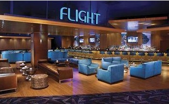 flight nightclub at luxor in neon blu