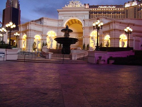 beautiful dusk picture of monte carlo