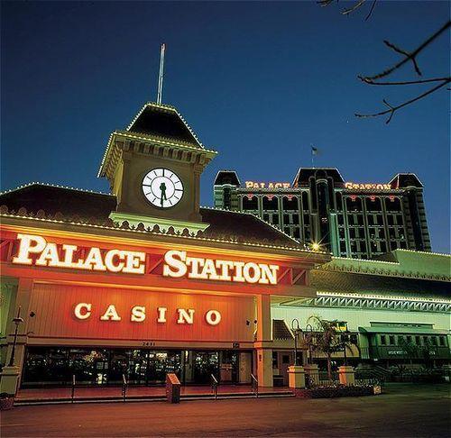 night shot of palace station
