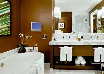 luxury bath red rock