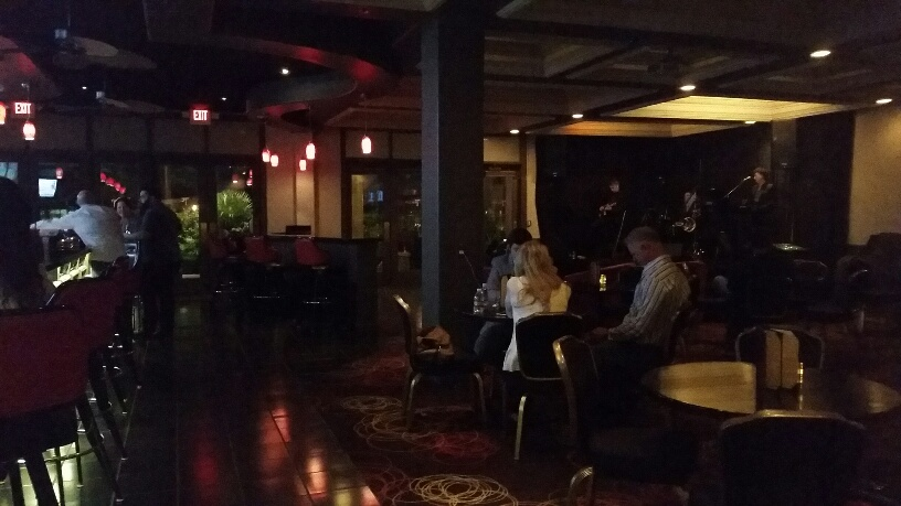Non smoking intimate lounge offers live entertainment nightly.