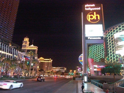 bright lights from planet hollywood and cosmopolitan